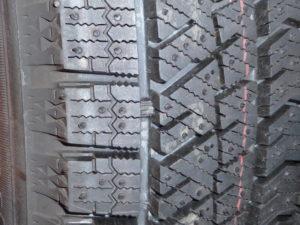 「スタッドレスタイヤのプラットフォーム」